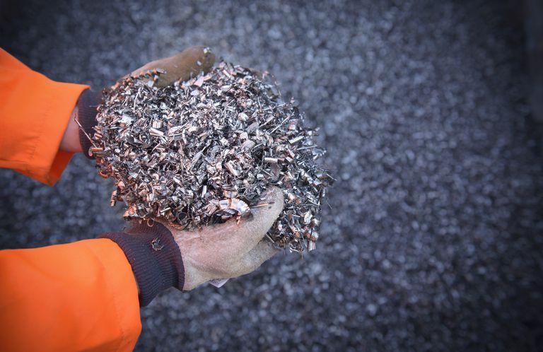 نظرة شاملة عن إعادة تدوير المعادن؛ أهميَّتها وعمليات إعادة تدويرها