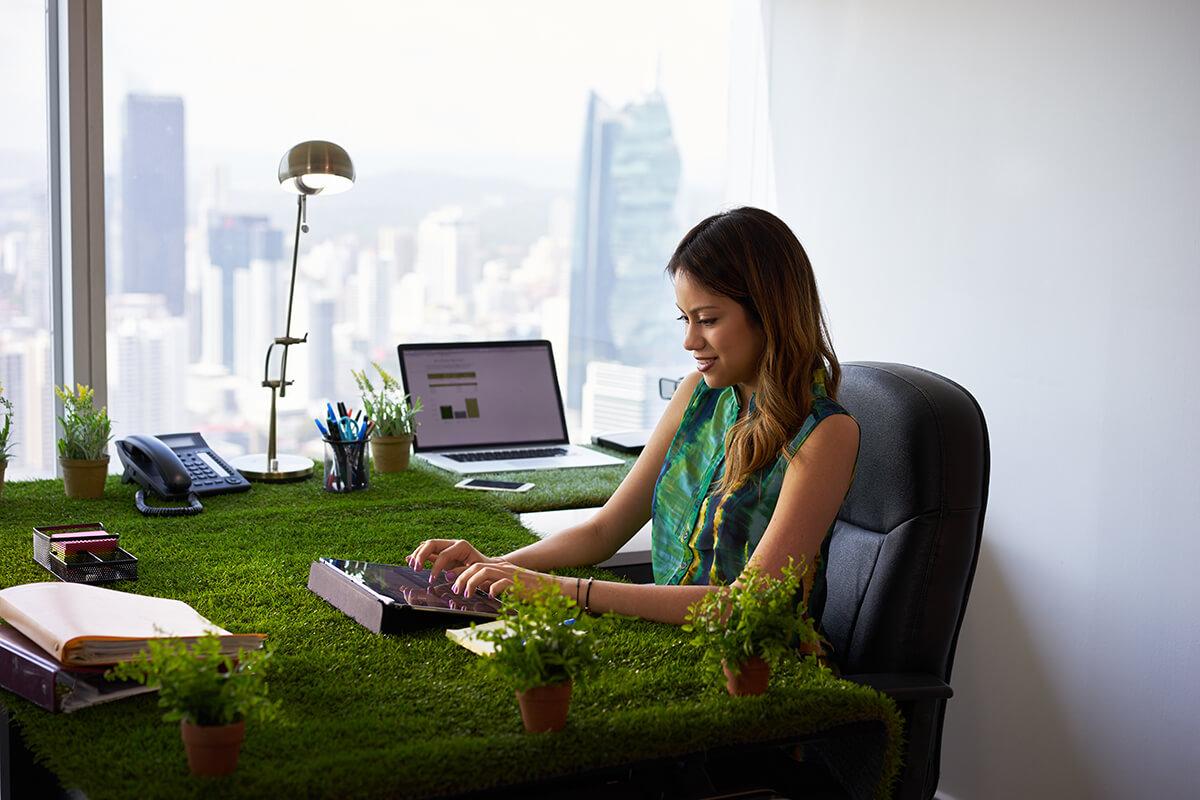 كيف تصبح صديق للبيئة في مكان العمل؟