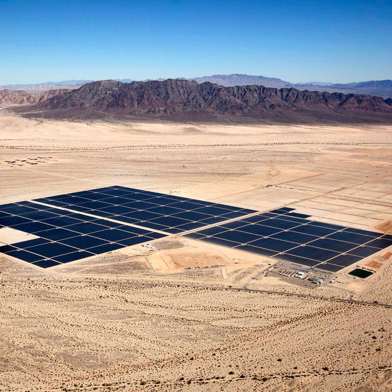 الطاقة النظيفة في ثوبها الجديد بالصحراء