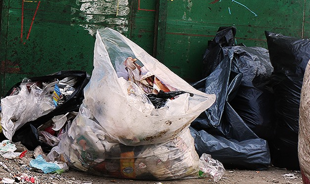اعرف كيف تحولت النفايات  إلى كنز!