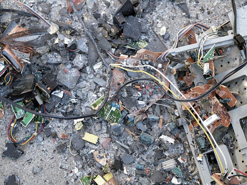 الكشف عن حقيقة النفايات الألكترونية: ما مصير الأجهزة الألكترونية بعد استخدامها؟