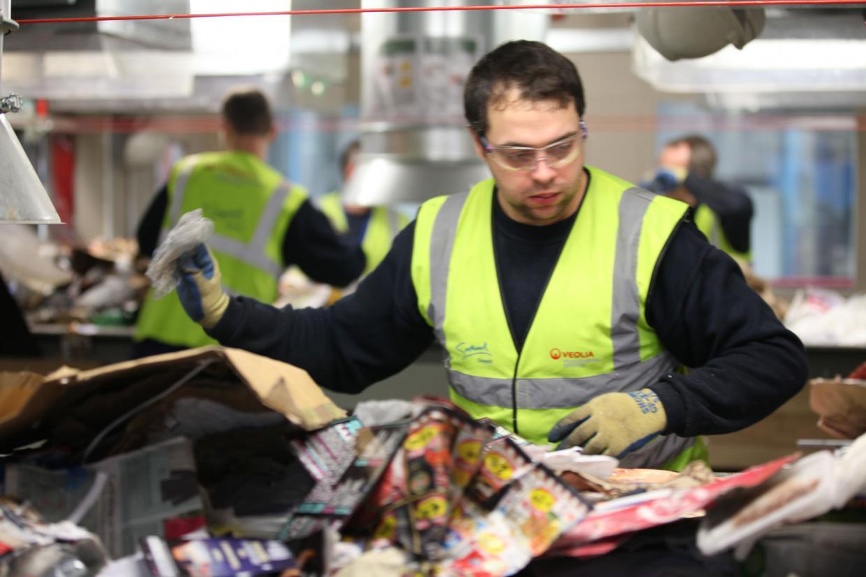 """بريطانيا الآن دولة """"شركات إعادة التدوير"""""""