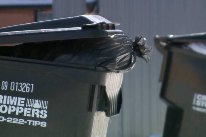 ساسكاتون الكندية على وشك فرض رسوم جمع القمامة على أصحاب المنازل!