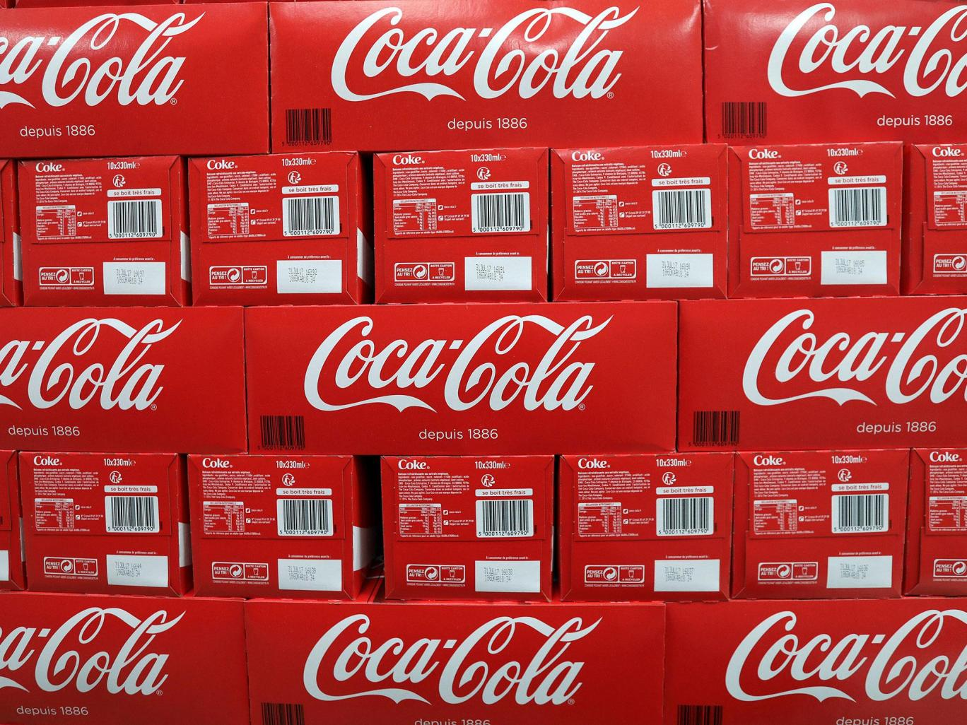 كوكاكولا ستضاعف كمية البلاستيك المعاد تدويره في زجاجاتها بحلول العام 2020