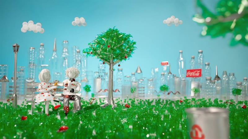 اعرف المزيد عن إعلان شركة كوكا كولا الجديد حول إعادة التدوير