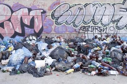 يحذر مجلس إنفيلد السكان من التكلفة الحقيقية لجامعي النفايات الرخيصة