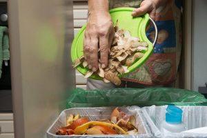 جهود استخدام النفايات الغذائية تتطور في المناطق المحلية