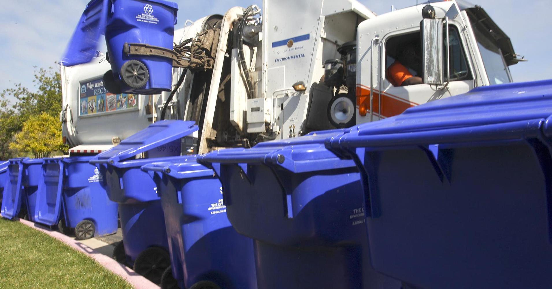 لماذا صناعة إعادة التدوير مُهمَلة للغاية تلك الأيام؟