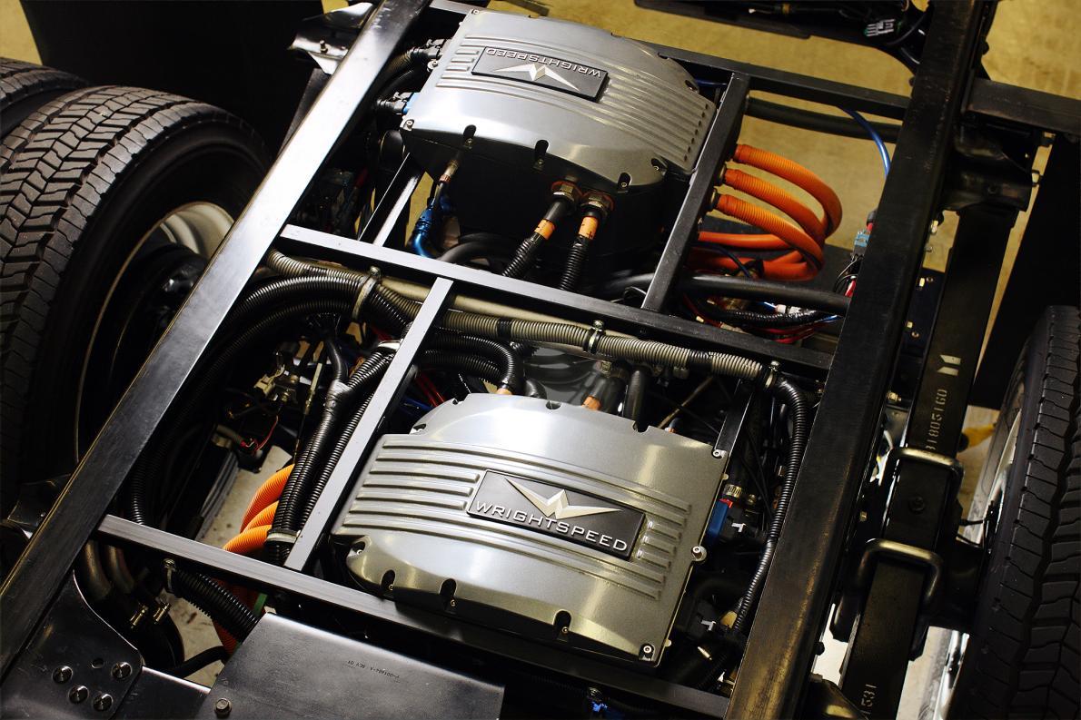 """تحول الشاحنات إلى النظام الكهربائي بمساعدة المؤسس الشريك لـ""""تيسلا"""""""