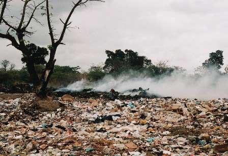 ما هي النفايات ولماذا تعتبر مشكلة؟
