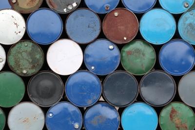 إعادة التدوير / التخلص من النفط المستخدم