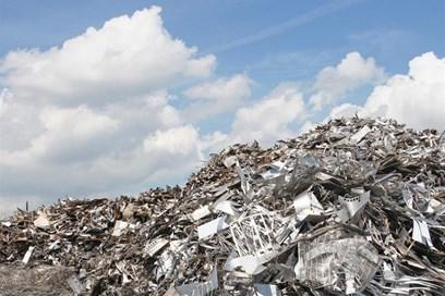 """""""ازدهار صناعة إعادة التدوير ببولندا""""، عنوان بقلم مصنع دنماركي."""