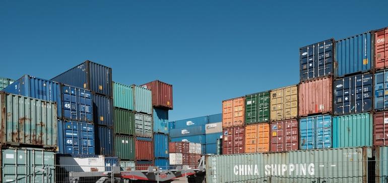 المنوطين بالعمل في إعادة التدوير يحظرون المواد في وجه الاستيراد الصيني