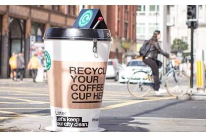 مدينة لندن تعلن عن طموحها لإعادة تدوير نصف مليون كوب قهوة ورقي قابل للرمي خلال شهر واحد