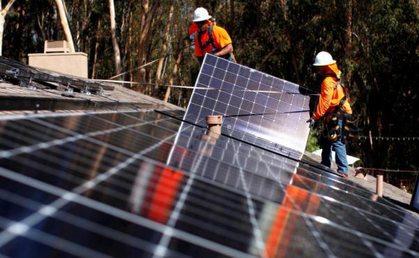 معدلات إعادة تدوير الألواح الشمسية ترتفع عالمياً