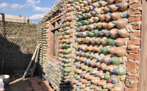 غانا تقوم لأول مرة باستقبال منشأة لإعادة التدوير