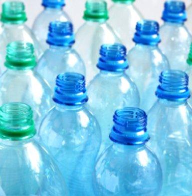 البلاستيك المصنوع من النباتات: هل هو نعمة للبيئة أم نقمة؟