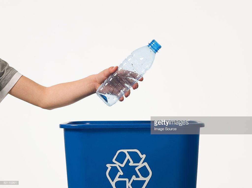 15 شركة أمريكية تصنع منتجاتها من البلاستيك المعاد تدويره